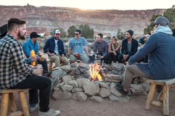 Spotkanie grupy na ognisku